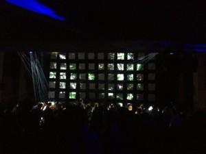 最終日前夜にはパレ・ド・トーキョーでWSN主催のパーティーが開かれ、日本のプロジェクションマッピングと音楽も華を添えました